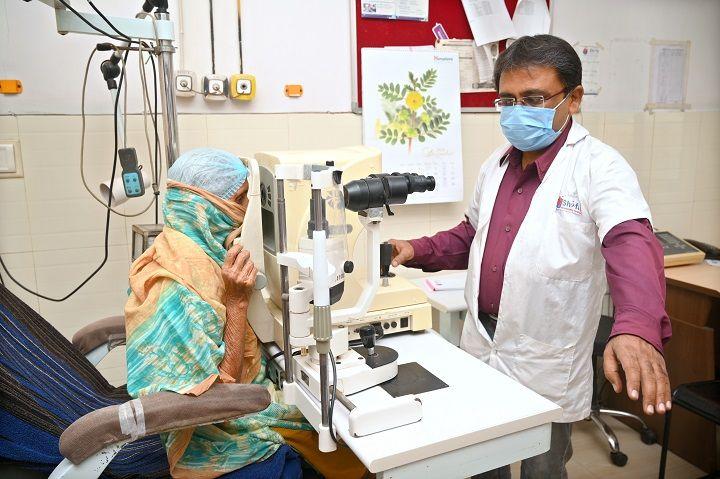 cataract-operation